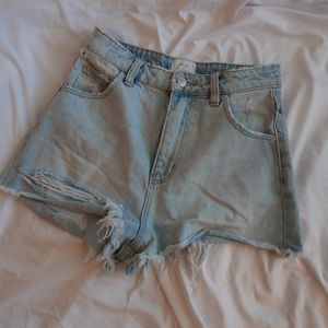 Rollas X Urban Outfitters // High Waisted Shorts